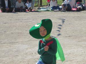 <p>年中遊戯 「おまめ戦隊ビビンビーン」 ②<br />おまめ3号参上!!<br />素敵な笑顔でしょう? 1号、2号と力を合わせて地球を守ります!</p>