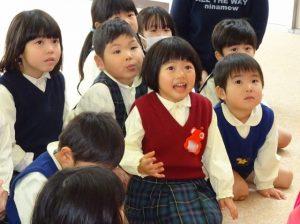 <p>赤いベストの子。いつもいろいろな表情を見せてくれます。<br />園行事に全力で参加してくれています。<br />今日も気持ちをお顔で伝えてくれていました。</p>